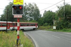 Železničné priecestie v Handlovej.