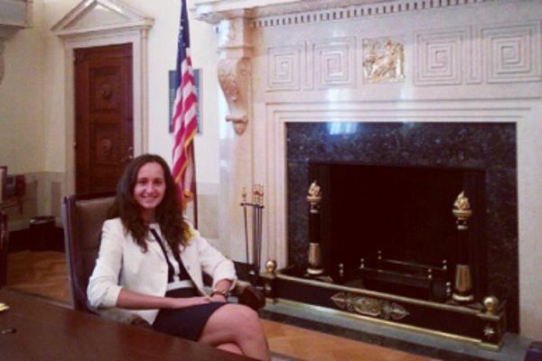 Lucia Cerchlanová na prednáške vo Federálnom Rezervnom Systéme (FED) vo Washingtone DC.