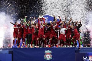 Prestížnu trofej obhajuje Liverpool FC.