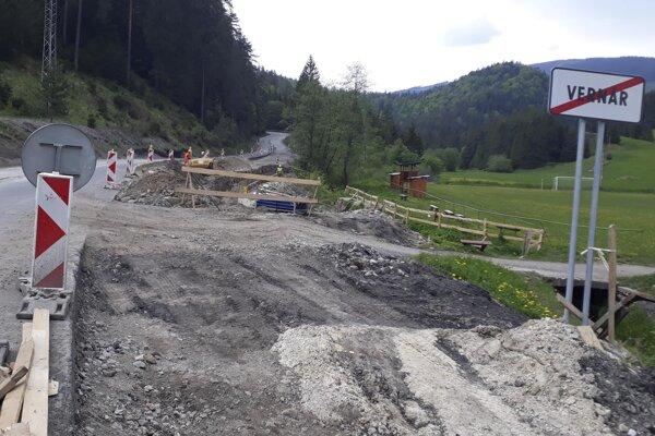 Oprava mosta na Vernári.
