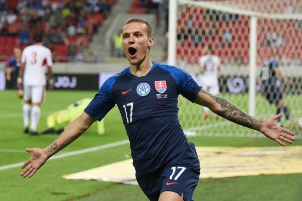 Lukáš Haraslín po strelenom góle v prípravnom zápase Slovensko - Jordánsko.