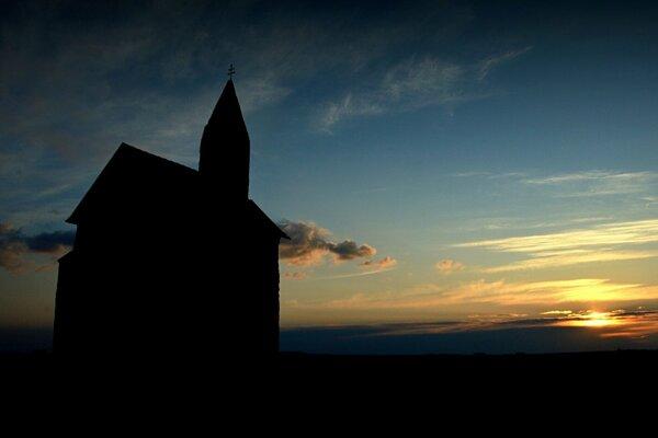 Ilustračné foto: kostol v Dražovciach.