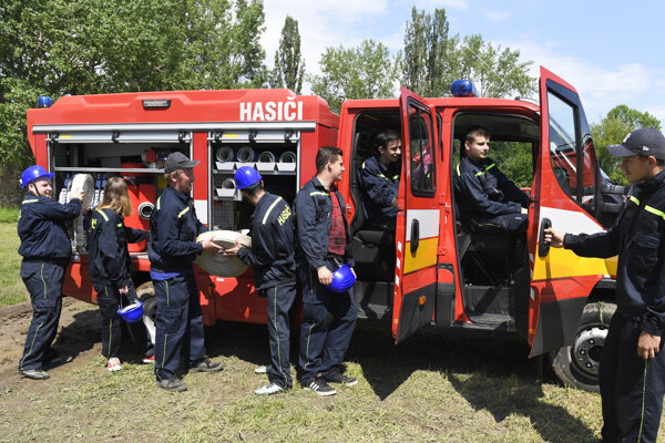 Časť dobrovoľného hasičského zboru.