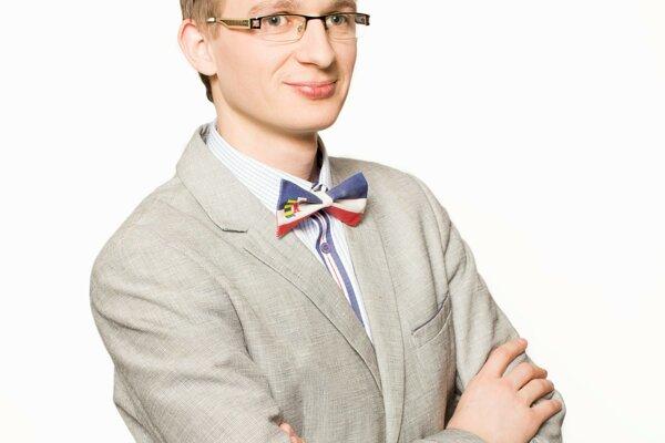 Nový predseda Peter Štefaňák.