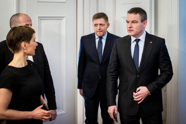 Premiér Robert Fico povolenú situáciu nekomentoval.