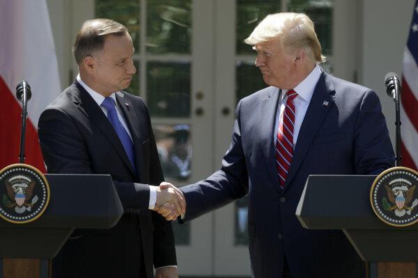 Trump sa stretol s poľským prezidentom.