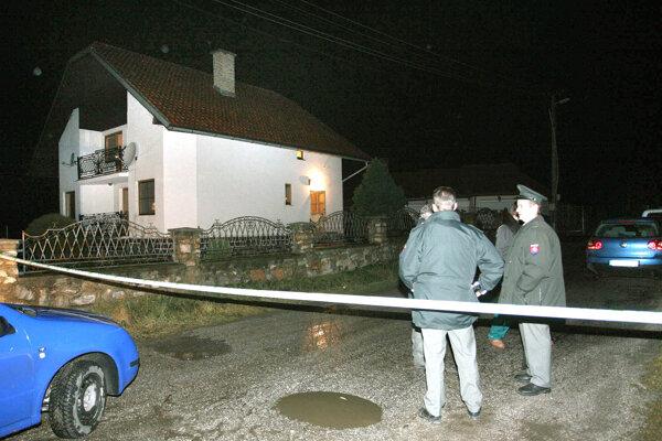 Dom, v ktorom zadržali podnikateľa, krátko po vražde.