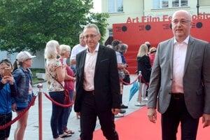 Programový riaditeľ festivalu Peter Nágel (vľavo).