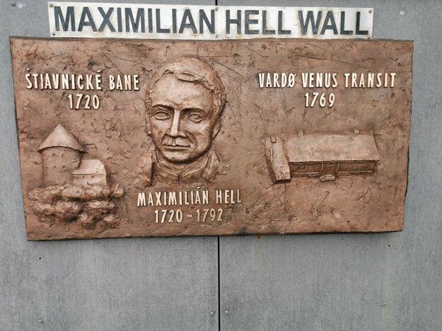Tabuľa Maximiliana Hella.