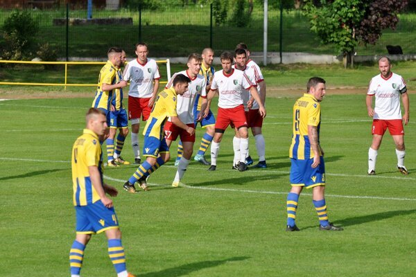 Ilustračné foto zo zápasu Kalinovo - Fiľakovo.