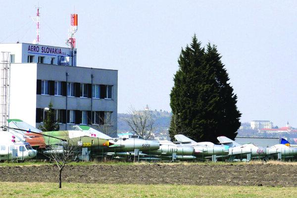 Letisko v Janíkovciach.