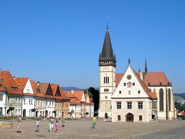 Renesančno-gotické námestie v Bardejove.