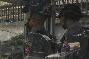 Mjanmarskí policajti.