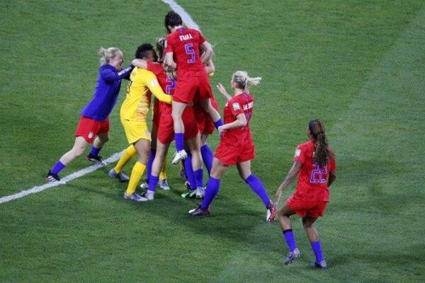 Americké futbalistky sa tešia z postupu do finále MS vo futbale žien 2019.