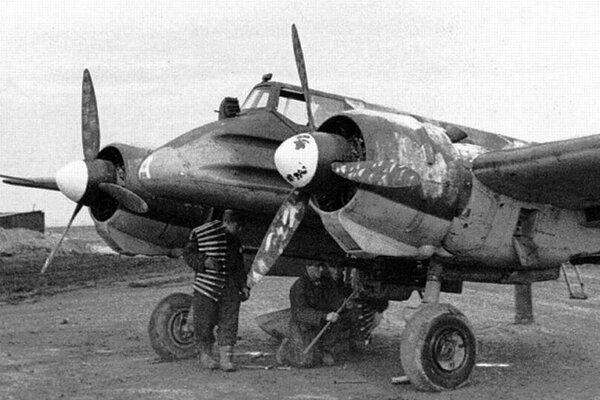 Nemecké bojové lietadlo Henschel Hs-129.