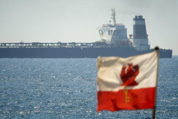 Tanker Grace 1 zadržali v Gibraltárskom prielive.