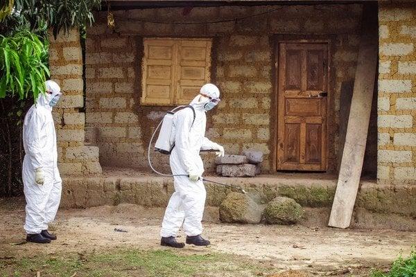 Boj s ebolou v Sierra Leone.
