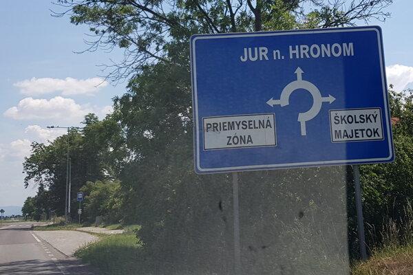 Priemyselný park v Leviciach.