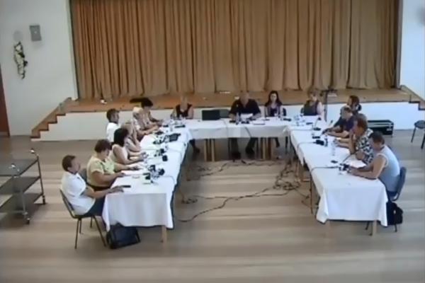Obecné zastupiteľstvo v Belej nad Cirochou.