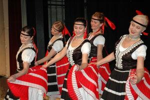 Tanec Čirčianka poznajú všetky generácie v súbore.