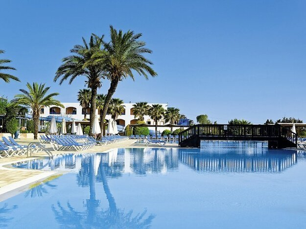 Amilia Mare Beach Resort 5*
