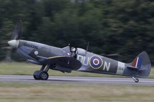 Supermarine Spitfire HF Mk. IX vo farbách 312 stíhacej (Československej) perute RAF.