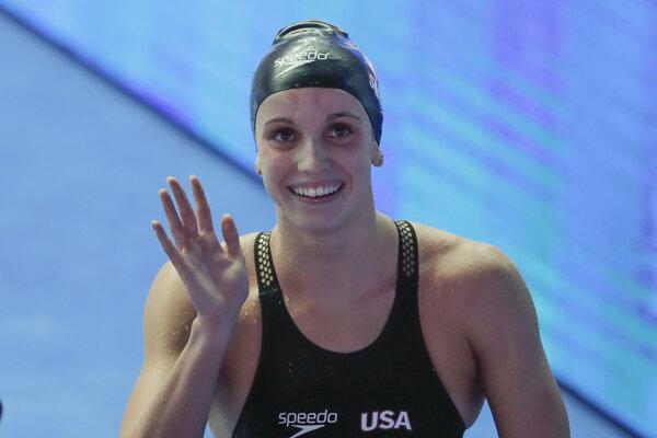 Nová svetová rekordérka Regan Smithová.