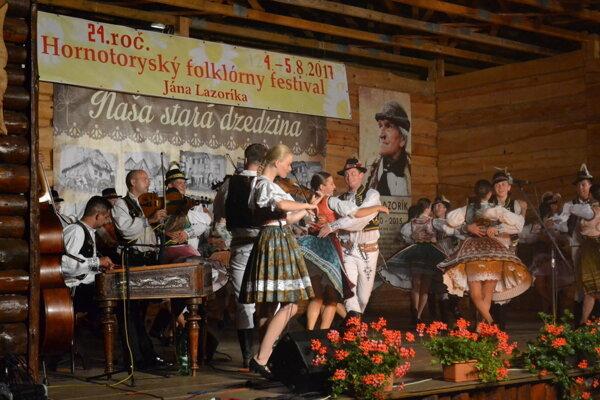 Pripravuje sa Hornotoryský folklórny festival.