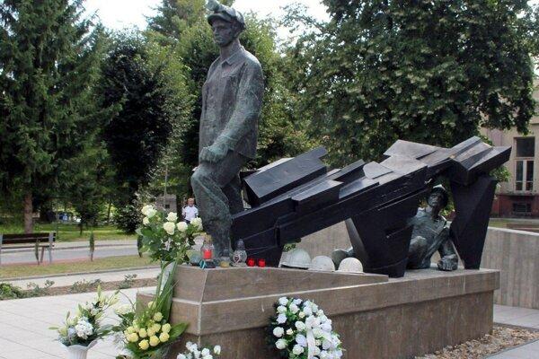 Pamätník handlovským baníkom.