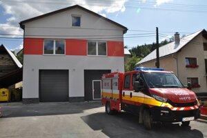Vynovená hasičská zbrojnica v Pucove.