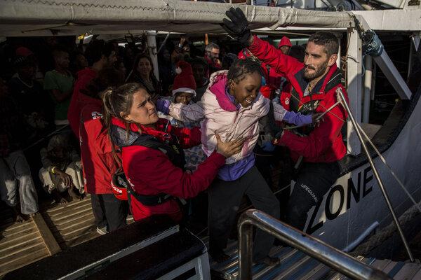 Záchranná loď Open Arms.