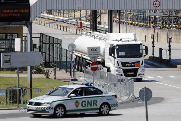 Štrajk prepravcov pohonných hmôt v Portugalsku sa skončil