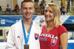 Dominik Imrich s bronzovou medalov z akademických  majstrovstiev Európy.