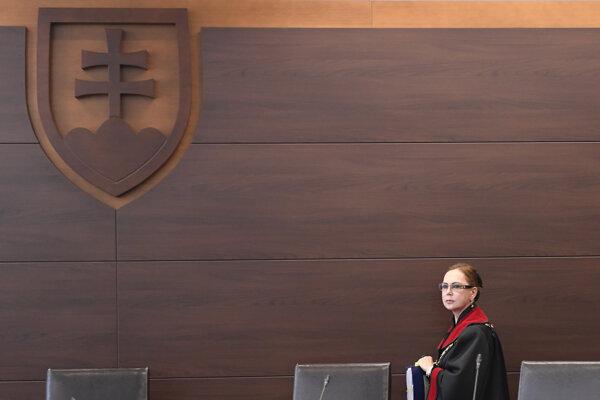 Jednou z kandidátok je aj Ivetta Macejková, bývalýá predsedníčka Ústavného súdu.