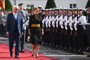 Návšteva sa koná v čase 51. výročia vstupu vojsk Varšavskej  zmluvy do Československa.