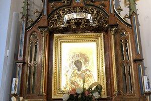 Obišovská Ružencová Panna Mária. Podľa jednej z legiend pochádza z poľského Tarnova.