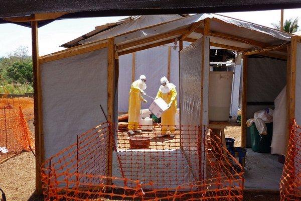 Ebola dokáže zabiť väčšinu nakazených ľudí.