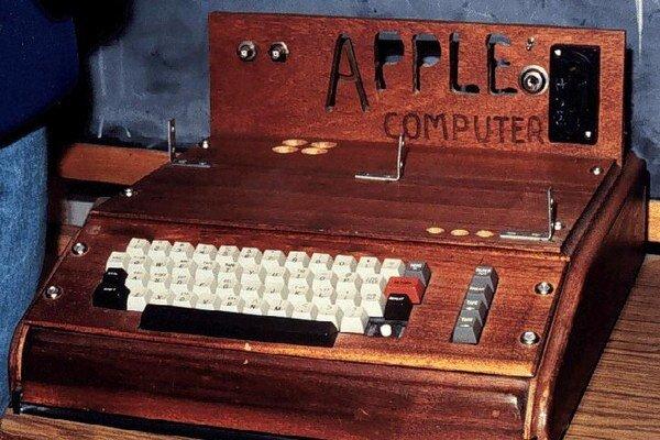 Apple 1.