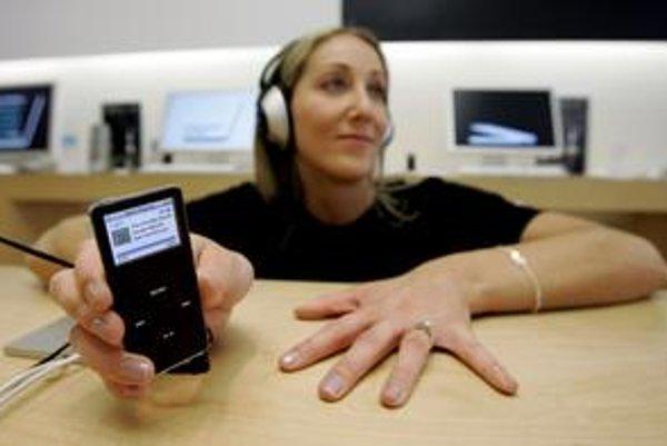 Hudba do iPodu sa dá už kúpiť aj zo Slovenska.