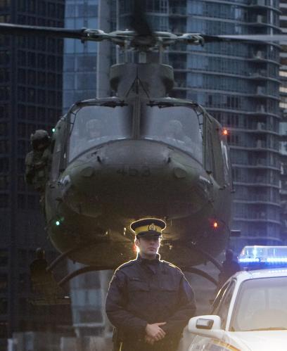 helikoptera-demonstracia-vancouver_reuters.jpg