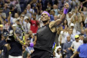 Rafael Nadal sa teší z víťazstva nad Chorvátom Marinom Čiličom.