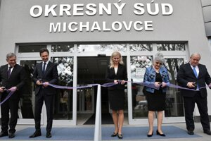 Na slávnostnom otvorení zrekonštruovanej budovy Okresného súdu v Michalovciach v októbri 2017.