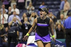 Bianca Andreescuová po víťaznej loptičke v semifinále US Open 2019 proti Belinde Benčičovej.