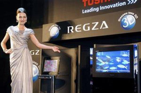 Trojdimenzonálny televízor Toshiba, ktorý možno pozerať aj bez okuliarov, sa zatiaľ na slovenský trh nedováža.