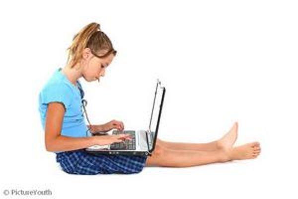 Deti treba na sociálnych sieťach kontrolovať s mierou.