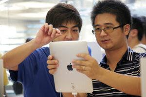 Minulý týždeň začali tablet iPad predávať aj v Číne.
