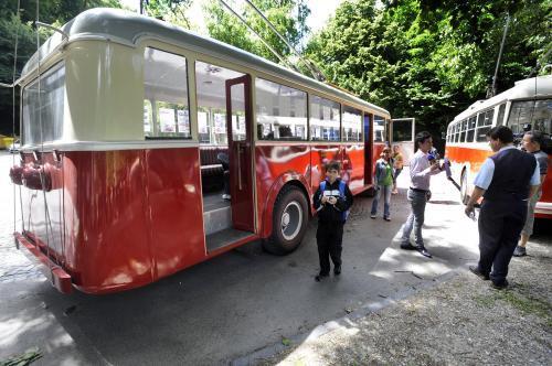 trolejbusy7_tasr.jpg