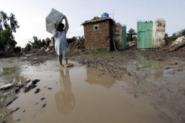 Súvisia záplavy v Pakistane s Ruskom a Slovenskom?