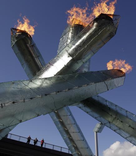 olympijsky-ohen_3_tasrap.jpg