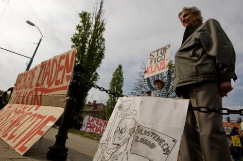protest_hrad_vlastenecky_zakon_2_sme.jpg